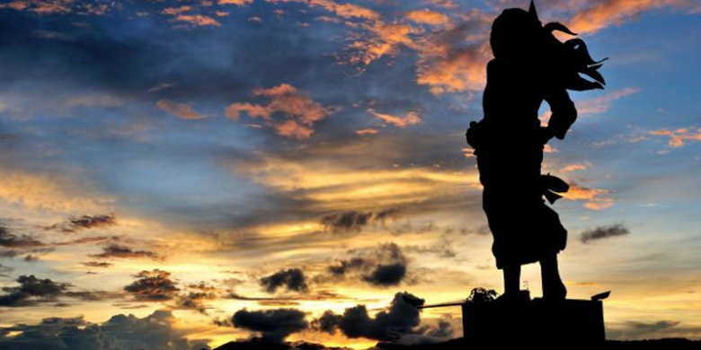 patung-martha christina tiahahu barry kusuma
